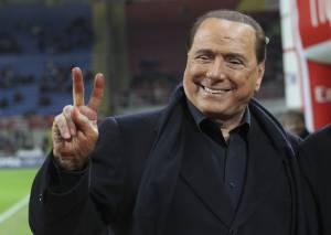 milan, stoccata berlusconi